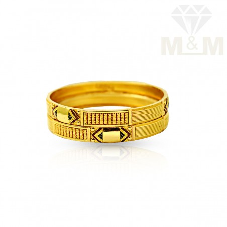 Picturesque Gold Fancy Bangles