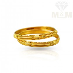 Pretty Gold Fancy Bangles