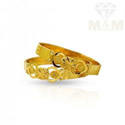 Superduper Gold Fancy Bangles