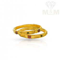 Alluring Gold Fancy Bangles