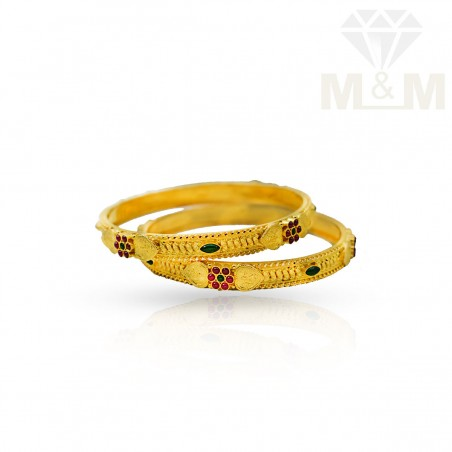 Alluring Gold Fancy Bangles