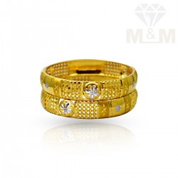 Luxuriant Gold Fancy Bangles