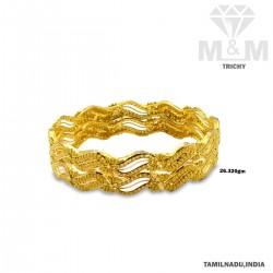 Elegance Gold Fancy Bangle