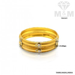Unbelievable Gold Fancy Bangle