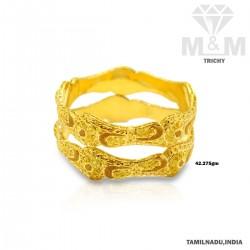 Splendiferous Gold Fancy Bangle
