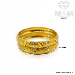 Sensational Gold Fancy Bangle