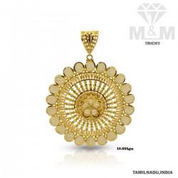 Distinction Gold Fancy Pendant