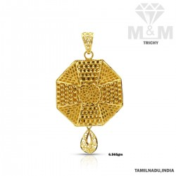 Impressive Gold Fancy Pendant