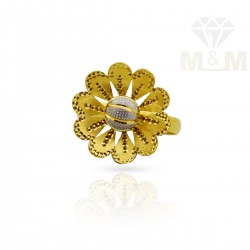 Masterful Gold Fancy Ring