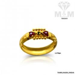Classy Gold Fancy Ring