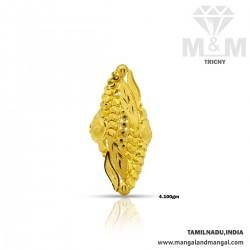 Unbelievable Gold Fancy Ring