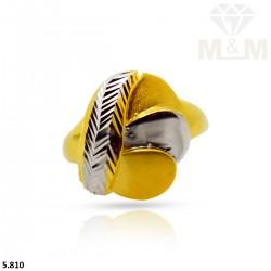 Peerless Gold Fancy Ring