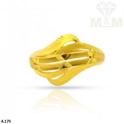 Legend Gold Fancy Ring