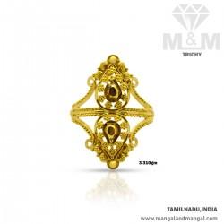 Sumptous Gold Women Fancy Ring