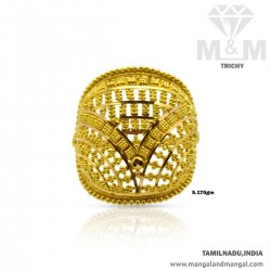 Vibrant Gold Women Fancy Ring