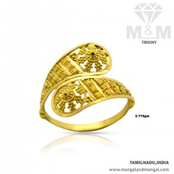 Amiably Gold Women Fancy Ring