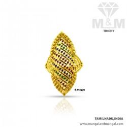 Renowned Gold Women Fancy Ring