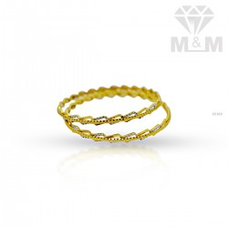 posh Gold Fancy Bangle