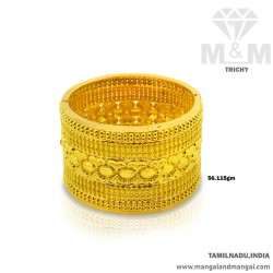 Grandeur Gold Broad Bangle