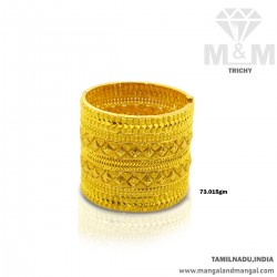 Reputed Gold Broad Bangle