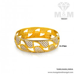 Exquiste Gold Broad Bangle