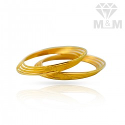 Snazzy Gold Plain Bangles
