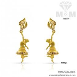 Beauteous Gold Women Earring