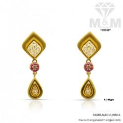 Marvelously Gold Women Earring