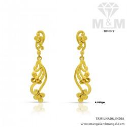Quite Gold Women Earring