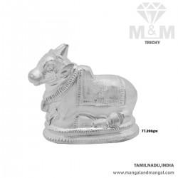 Beautiful Silver Nandi Idol