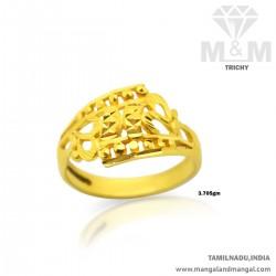 Stylish Gold Women Fancy Ring