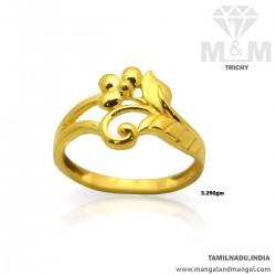 Prettiness Gold Women...