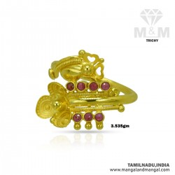 Glorious Gold Women Fancy Ring