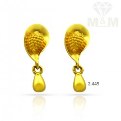 Alluring Gold Casting Earring