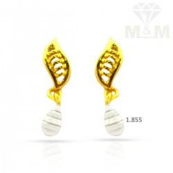 Pristine Gold Casting Earring