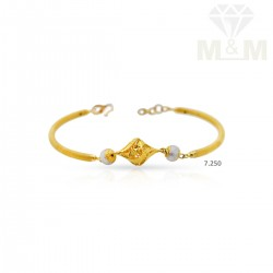 Stylish Gold Casting Bracelet