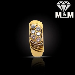 Acclaimed Gold Diamond Fancy Ring