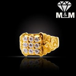 Delectable Gold Diamond...