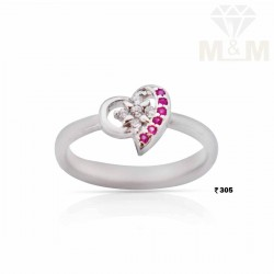 Incisive Silver Fancy Ring