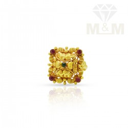 Sumptous Gold Fancy Ring