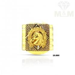 Splendiferous Gold Horse Ring