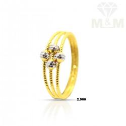 Delightful Gold Fancy Ring