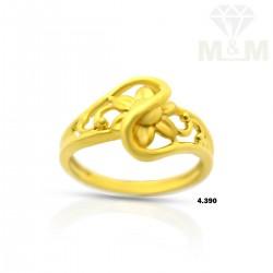 Alluring Gold Fancy Ring