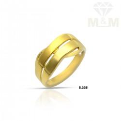 Tasteful Gold Casting Ring
