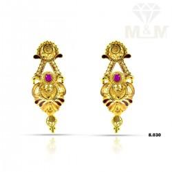 Tasteful Gold Fancy Earring