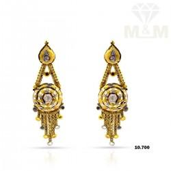 Skilful Gold Fancy Earring