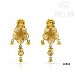Delectable Gold Fancy Earring