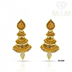 Handsome Gold Fancy Earring