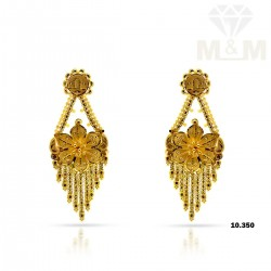 Attractive Gold Fancy Earring