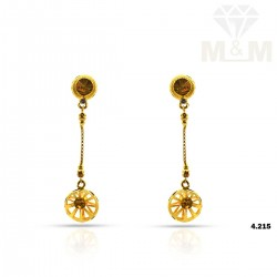 Prettiness Gold Fancy Earring